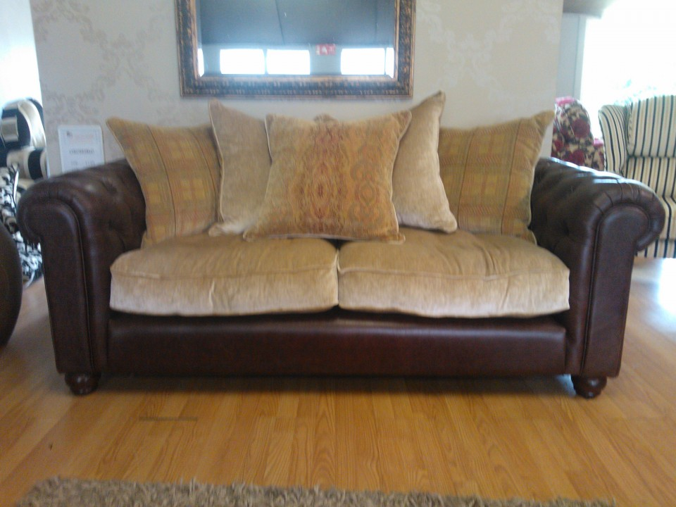 Chesterfield 3 seater sofa so good for Sofa 4 meter